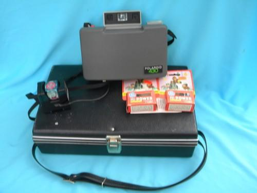 retro 1970s Polaroid 430 automatic land camera w/case flash, bulbs+