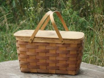 retro 50s 60s vintage picnic hamper, splint basket w/ wood lid