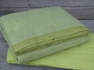 retro 60s lime green blankets, vintage sheet blanket & bed blanket
