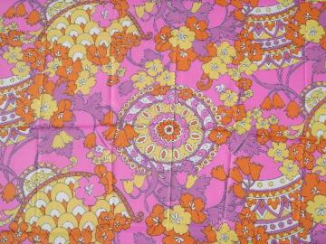 retro 60s vintage hot pink paisley floral print poly crepe fabric