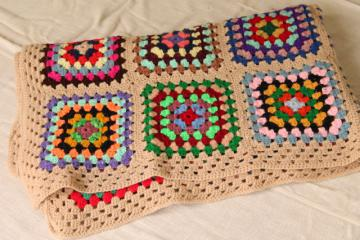 retro bright colors scrap yarn granny squares afghan / throw blanket, 70s vintage