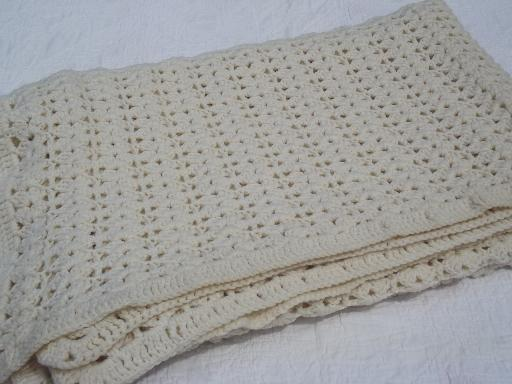 retro crochet afghan blanket or bedspread, soft and thick aran ivory ...