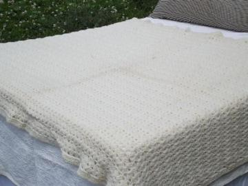 retro crochet afghan blanket or bedspread, soft and thick aran ivory yarn