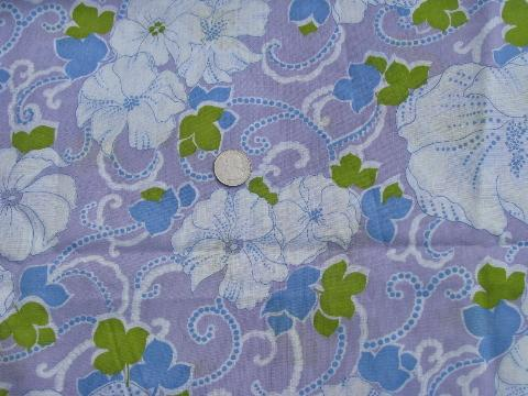 retro floral print 60s vintage cotton blend fabric, white flowers on lavender