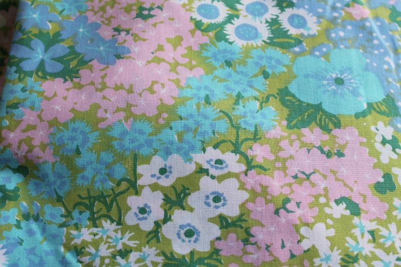retro mod flower print bed sheets, vintage bedding aqua lavender lime green floral