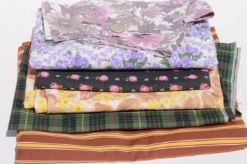 retro prints, stripes, plaid fabrics, lot of vintage cotton & cotton blend fabric