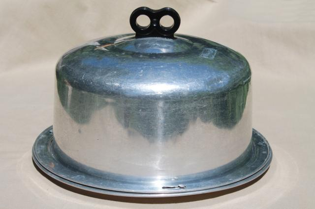 Retro Vintage Regal Aluminum Cake Carrier Locking Lid