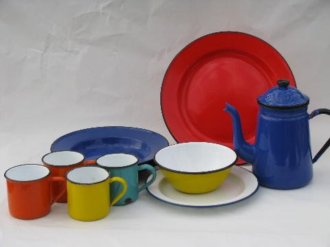 & retro vintage graniteware colored enamel metal dishes lot