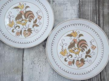 rooster dinner plates, vintage Mikasa Tamago chicken pattern china