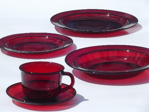 Arcoroc Dinnerware Amp Ruby Red Arcoroc Glass Dishes Plates