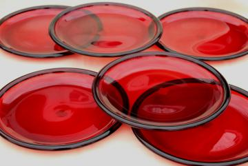 ruby red glass dinner buffet plates, Arcoroc Cocoon pattern w/ Crate & Barrel label