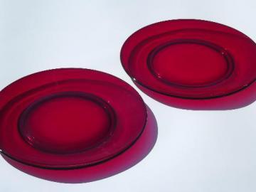 ruby red glass serving or dinner plates, vintage Duncan & Miller?