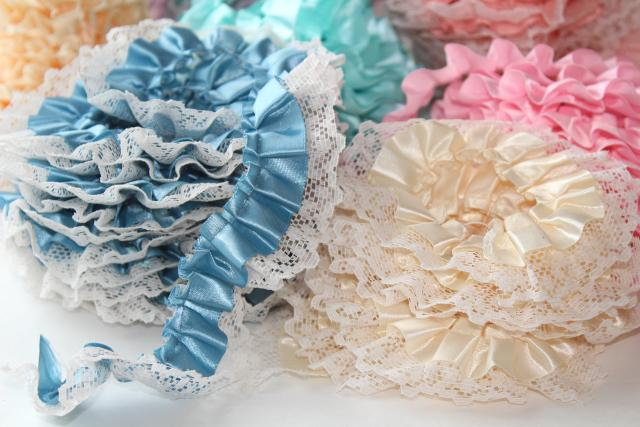 ruffled craft trims lot, vintage sewing or hoop edging fabric ruffles w/ lace trim