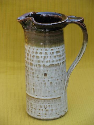 rustic 70s retro stoneware pottery pitcher and tumblers, brown band drip