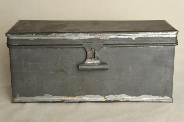 Rustic Storage Box W/ Hinged Lid, Vintage Galvanized Zinc Metal Industrial  Toolbox