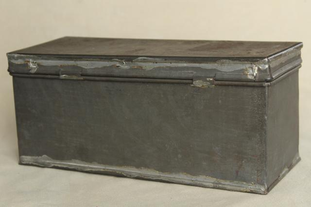 Rustic Storage Box W/ Hinged Lid, Vintage Galvanized Zinc Metal Industrial  Toolbox