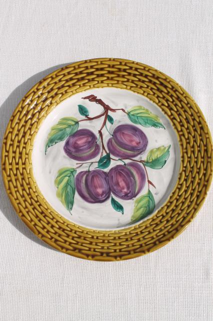 rustic vintage Italian ceramic serving plate round platter tray w/ hand painted plums  sc 1 st  Laurel Leaf Farm & rustic vintage Italian ceramic serving plate round platter tray w ...