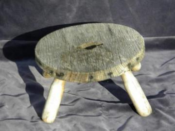 rustic vintage goat milking stool, nice primitive wood low stand plant table