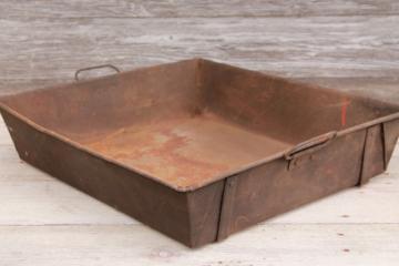 rustic vintage heavy steel pan w/ tray handles, antique steampunk industrial decor