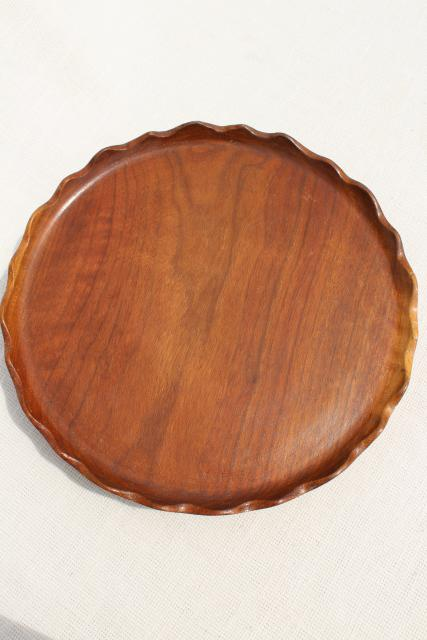 rustic wood cake plate or serving tray, vintage carved wooden lazy susan w/ scalloped edge