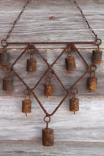 rusty bells wind chime, primitive wrought iron garden decor / yard, Garden idea
