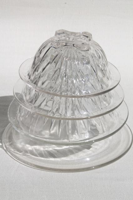 Set Of Four Vintage Clear Kitchen Glass Mixing Bowls