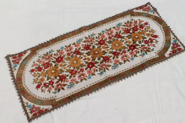 Shabby Chic Cottage Flowers Vintage Belgian Tapestry Table Runner, Muylle  Belgium Label
