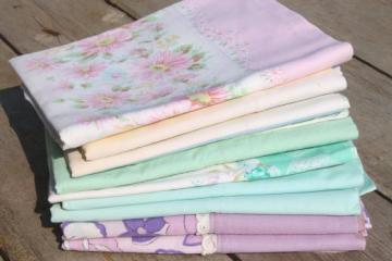 shabby cottage bedding lot of vintage print & pastel pillowcases, cotton & blend fabric