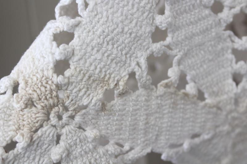 shabby cottage chic vintage crochet bedspread, white cotton lace spread w/ star pattern