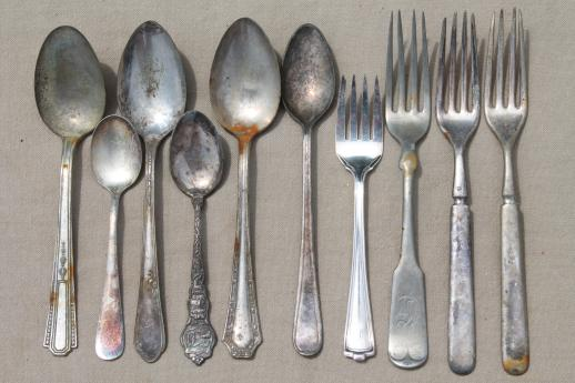 shabby tarnished old silverware, lot of mixed silver plate flatware in old knife box