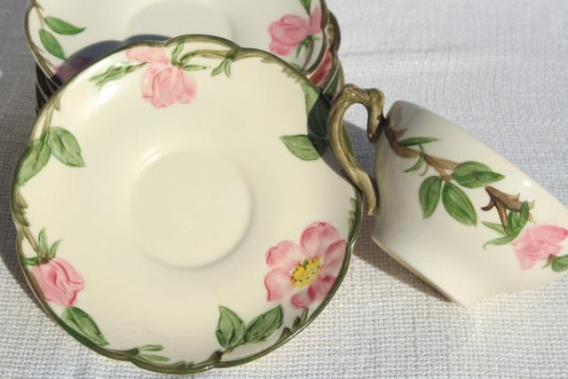 Shabby vintage china cups saucers for teacup planters or for Garden art from old dishes