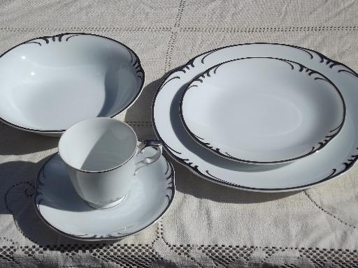 Silver Scrolls White Porcelain Dishes For 8 Style House Embassy China