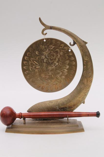 Small Etched Brass Gong W Wooden Hammer Vintage Dinner