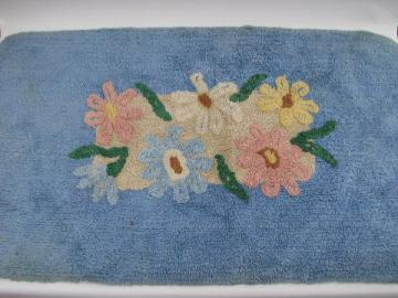 soft cotton chenille, vintage throw rug w/ flowers on blue