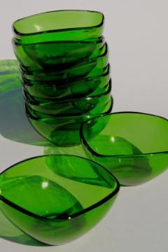 square charm shape forest green glass bowls or dessert dishes, vintage Vereco Duralex France