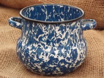 tiny old blue & white enamelware pot, one cup size cauldron shape sugar bowl