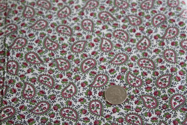 tiny print paisley, 40s 50s vintage fabric quilting weight cotton material