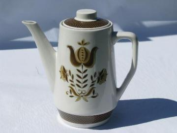 tulip pattern Dunmore ironstone china coffee pot, vintage Japan