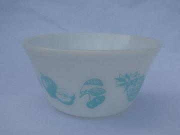 turquoise Fruit Fare pattern retro vintage kitchen glass mixing bowl