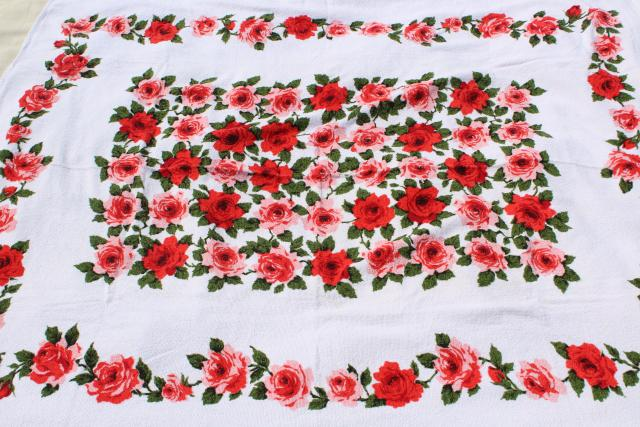 Unused Vintage Cotton Terry Cloth Picnic Tablecloth Or Beach Towel, Red  Pink Roses Print Fabric