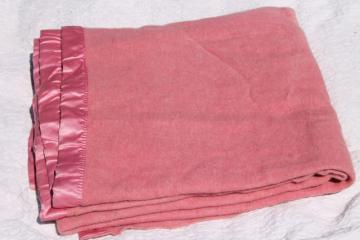 unused vintage wool blanket, rose pink soft wooly bed blanket w/ Cannon label