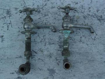 victorian porcelain sink faucets