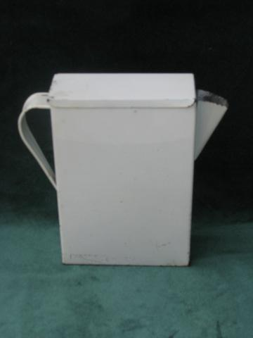 vintage 1930s laundry room soap flakes pitcher, metal dispenser w/ decal