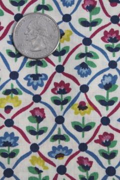 vintage 36 wide cotton fabric w/ retro floral small flowers flowered print