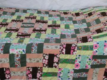 vintage 50s floral patchwork quilt w/ sawtooth border edge, retro shabby chic