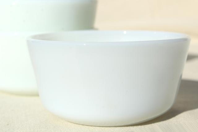 vintage Anchor Hocking Fire King milk glass custard cups or ramekins, tiny bowl baking dishes