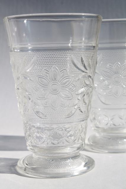 vintage Anchor Hocking clear sandwich glass daisy flower footed tumblers