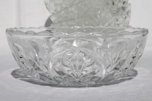 Vintage Anchor Hocking Glass Salad Bowls Set W Large