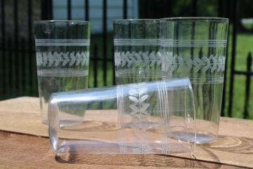 vintage Anchor Hocking laurel band etched crystal clear glass tumblers