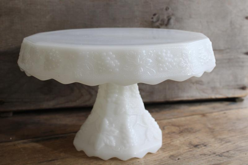 vintage Anchor Hocking paneled grape pattern milk glass cake stand, harvest grapes